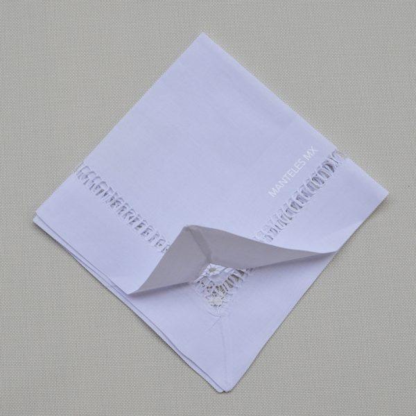 servilleta deshilada blanca